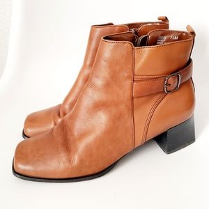 Vintage Square Toe Tan Leather Ankle Booties 7.5